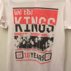 Tops - We the Kings 10 Yr Anniversary Band Tee